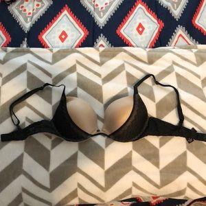 Victoria's Secret Intimates & Sleepwear - Victoria's Secret push up bra!